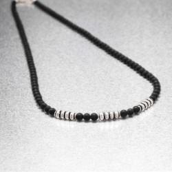 collier homme en perles